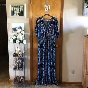 Cato Sleeved Maxi Dress Size 18/20W
